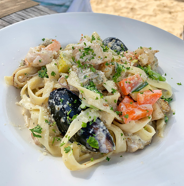 Seafood pasta in cream sauce