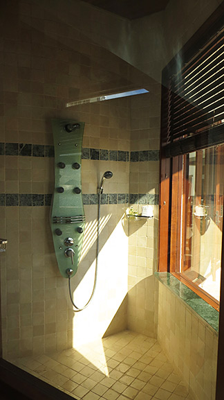 huge shower in sheriva villa