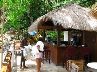 St. Lucia restorts Cap Maison beach