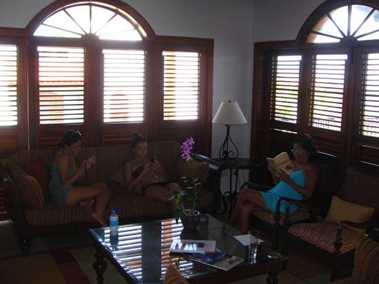 St. Lucia resorts Cap Maison living room
