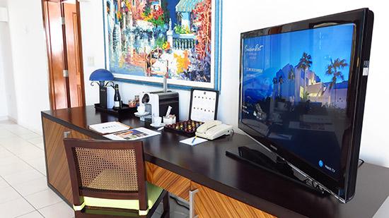 deluxe junior suite tv area and desk