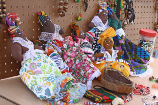 valley-street-fair-anguilla-craft1