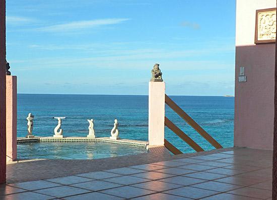 ocean front jacuzzi at villa hibernia