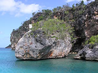 The cliffs of Little Bay