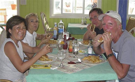 Anguilla hot dog