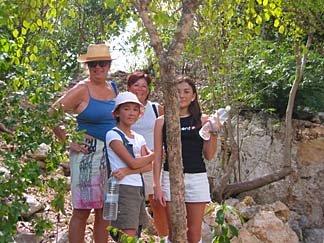 Anguilla hike