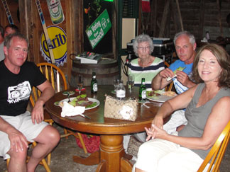 Anguilla Restaurant, The Pumphouse, Dinner crowd