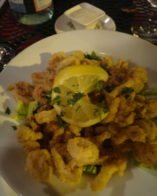 crispy calamari with lemon aioli at sarjais