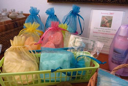 anguilla soaps, bathroom set