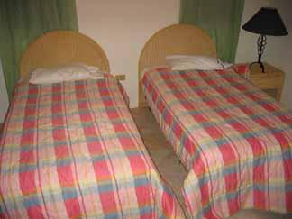 anguilla villa twin beds