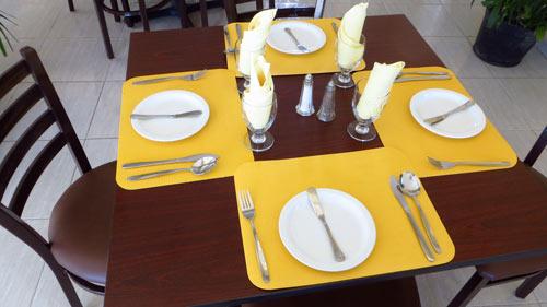 Caribbean Restaurant lunch decor