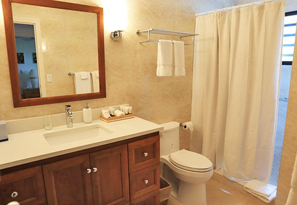 carimar unit bathroom