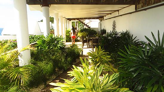 garden area at CéBlue villa