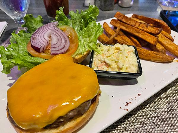Kobe Beef Bruger at Movida Rotisserie & Grill