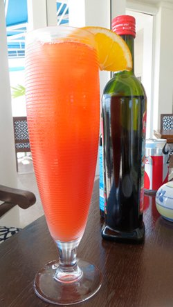 Clubhouse Grill rum punch