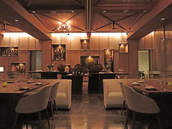 second level dining room at coba