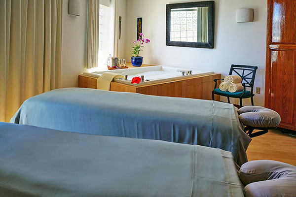 couples treatment room at the spa by cuisinart