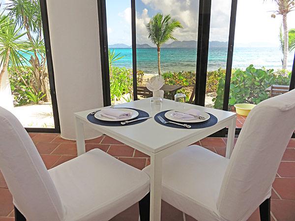 covecastles restaurant lunch setting