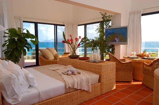 covecastles bedroom
