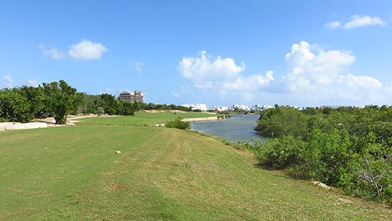 sixteenth hole at cuisinart golf course