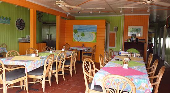dining room at hotel arawak