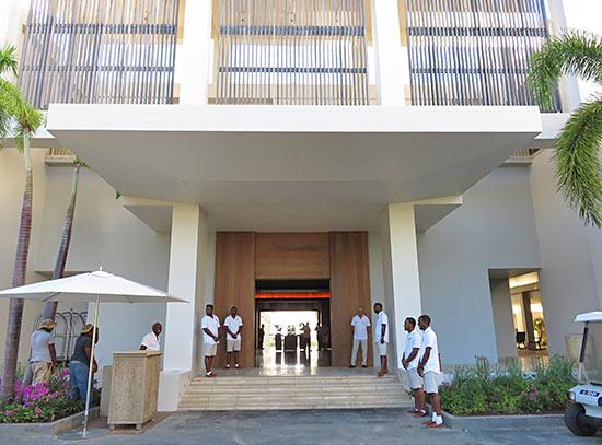 four seasons anguilla hotel entrance