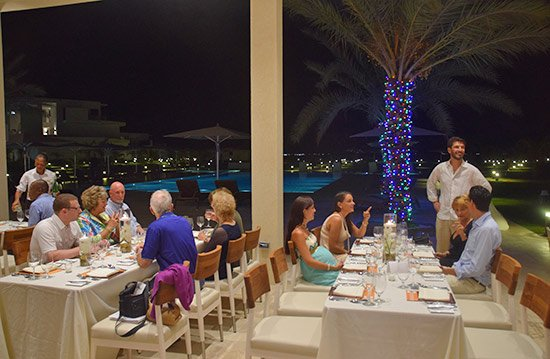 the pool area in front of the reefs yacht club restaurant