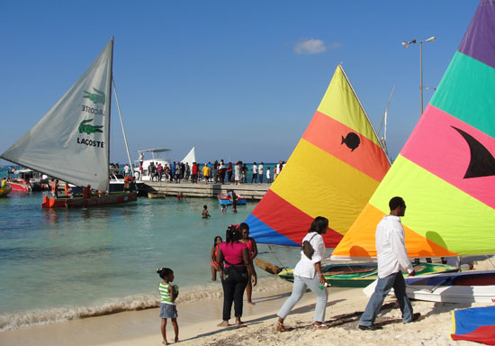 Festival del Mar, anguilla boats