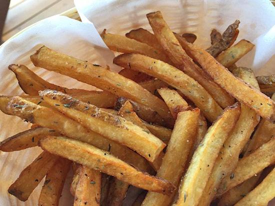 fries at le bar