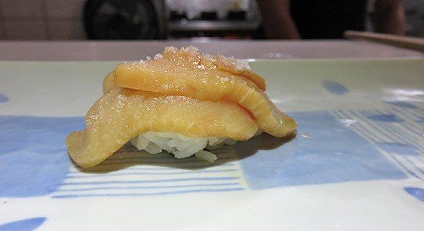 hamachi with scallion and sesame oil sushi