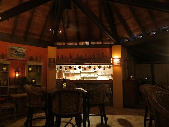 inside frenchmans for dinner