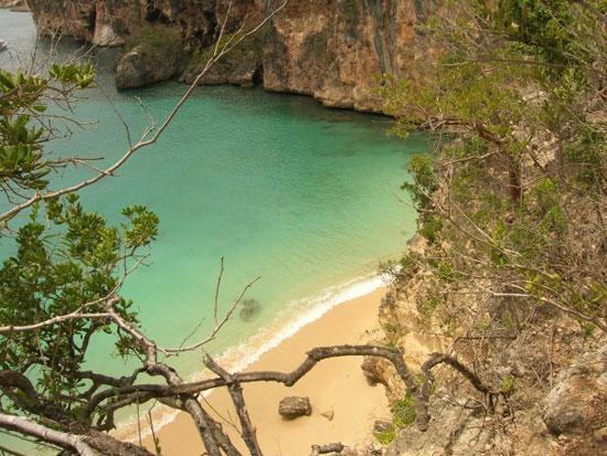 Anguilla beaches, Little Bay