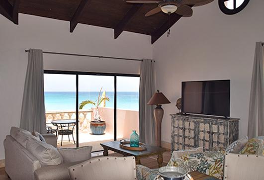 frangipani suite living room