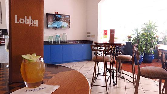 bar setting at cuisinart golf resort and spa