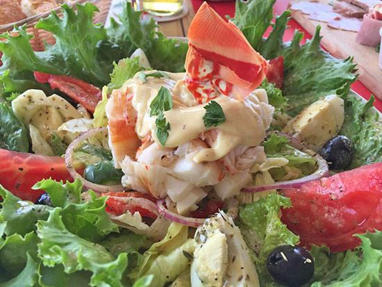 lobster salad at le bar