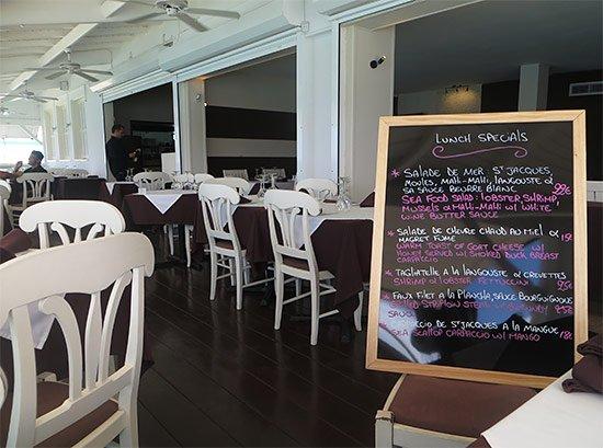 ocean 82 lunch specials