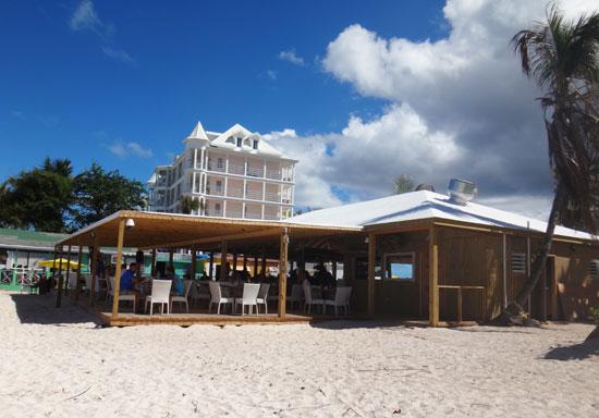 Shoal Bay restaurant, Madeariman restaurant on the beach