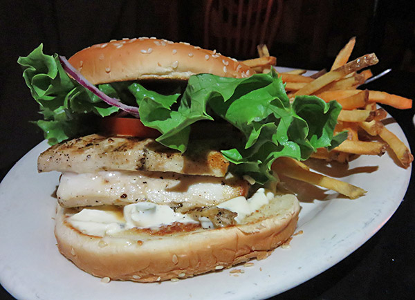 the grilled mahi sandwich at pumphouse