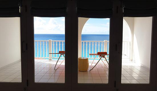 the balcony of the superior rooms malliouhana