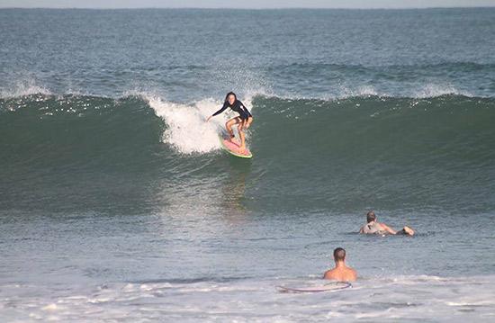 nori surfing puerto escondido la punta