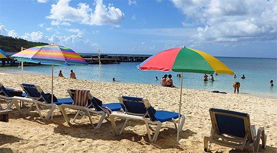 sandy ground beach at roys