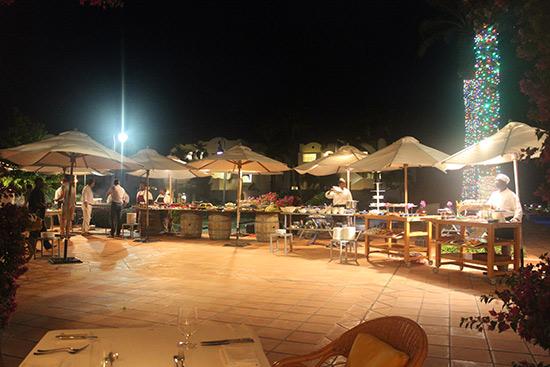 night setting at cuisinart