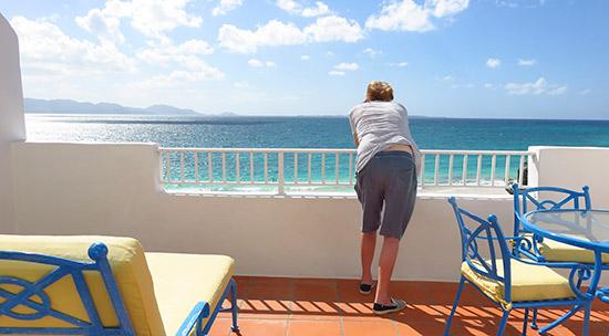 deluxe junior suite view over rendezvous bay