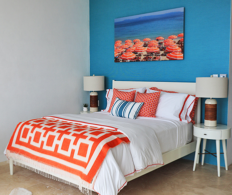 Queen Bedroom at Champagne Shores