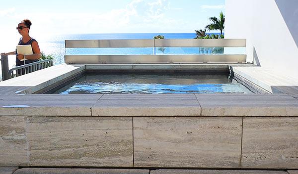 rooftop suite pool view