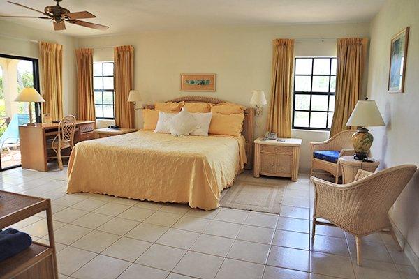Studio Suite Bedroom Paradise cove resort