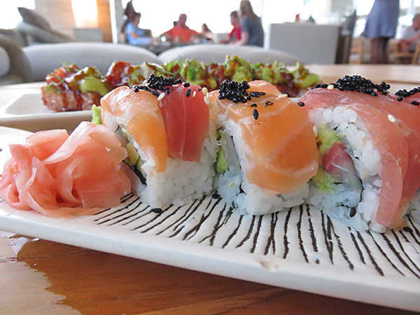 the last emperor sushi roll at sunset lounge four seasons