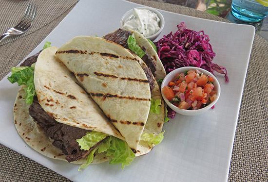 zemi beach tacos at 20 knots restaurant