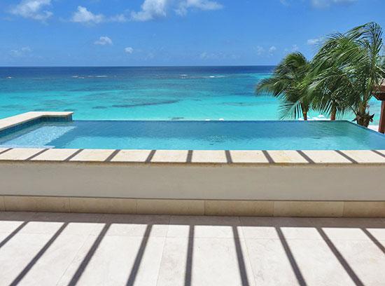 beachfront infinity pool at zemi beach