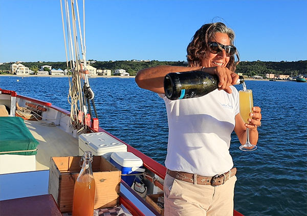 tradition sailing charter champagne cocktail